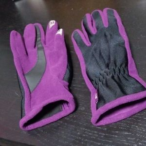 Winter gloves with touch phone fingers
